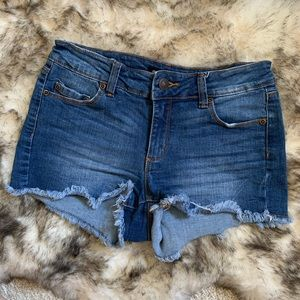 Bluenotes Cut Off Mid Rise Jean Shorts Size 26